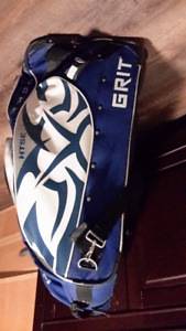 Grit hockey bag and youth size 12 inch gloves