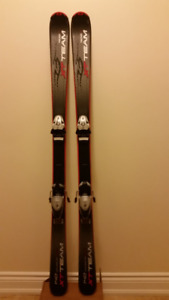 Alpine (downhill) Skis 140cm with binding