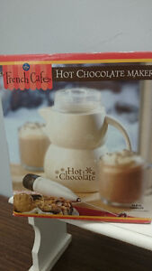 French cafe Hot Chocolate Beverage Maker with Frother