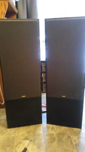 Two Yamaha NS-A675 speakers