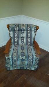 Roxton Solid Maple Couch & Chair Set