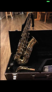Alto saxophone and benson clarinet for sale