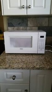 Barely used Haier microwave oven