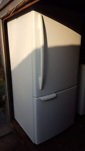 Bottom freezer fridge 250.00, white, clean, works well, Delivery