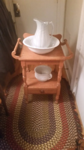 Little antique wash stand & bowls t