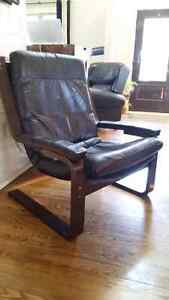 Vintage bentwood lounge chair