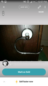 Towel bar and matchin toilet paper ring
