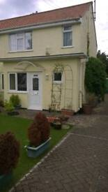 2 double bedrooms in 3 bed house to share