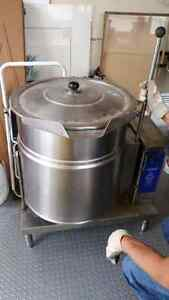 Cleveland KET-20-T 20 Gallon Tilting 2/3 Steam Jacketed Electric