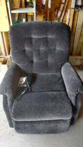 Lazyboy lift chair / recliner, almost new, remote operated