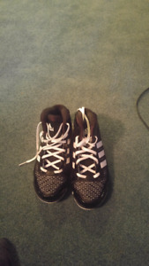 brand new size 11.5 Adidas basketball shoes never used