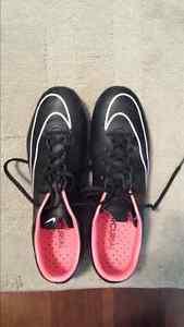 Men's Nike Mercurial Cleats Size 9