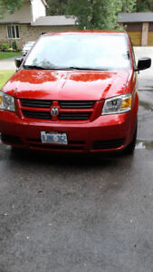 Accessible van - 2010 Grand Caravan - Braun Entervan - 16,000.00