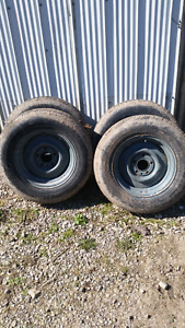 Trailer rims with tires