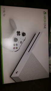 Xbox One S 1TB *NEW IN BOX*