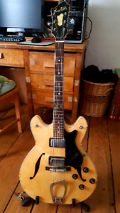 Vintage Early 70s Hagström Viking Electric Guitar