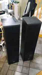 Quest Q4.8 Speakers Loud Loud Loud! Kitchener / Waterloo Kitchener Area image 2