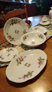 45 pc Royal Kent's collection china set for 8 Peterborough Peterborough Area image 2