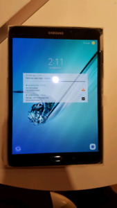 Samsung Tab S2 32GB - 2 Cases included