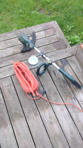 Yard works whipper snipper / weed eater with 100 foot power cord