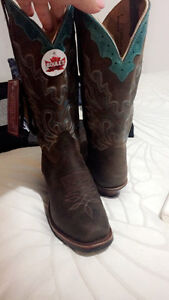 COWGIRL BOOTS London Ontario image 1