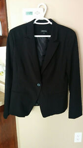 Beautiful Black Blazer size12 never worn Gatineau Ottawa / Gatineau Area image 1