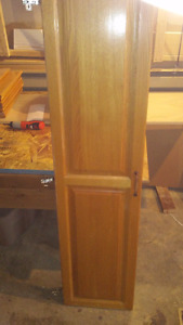 Lot of golden oak wood cabinet doors / Portes cabinets cuisine