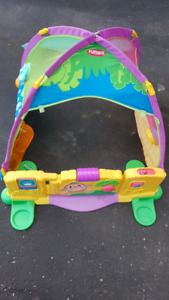 Playskool tent house with music
