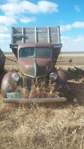 GREAT FIXER UPPER. 1938 Ford Other Pickup Truck
