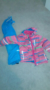 JUPA Girls Used Winter  Jacket  and snow pant (2 Pieces) London Ontario image 1