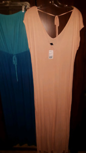 Women's 6 PC size Large skirts and dresses lot