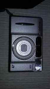 Nikon Nuvis 300 Rangefinder with Leather Case