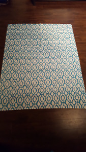 Accent Table Cloth - Beautiful Patten and Quality!