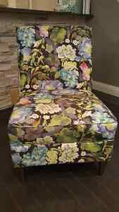 Floral homesense chair need gone asap!! Oakville / Halton Region Toronto (GTA) image 1