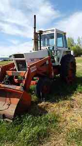 Case 1070 & universal tractor
