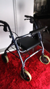 Four Wheel Walker Rollator With Paded Seat