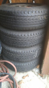 Set of 4 tires and rims 99 f150.   300.00 obo