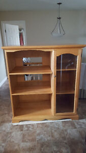 Solid wood wall unit with display cabinet