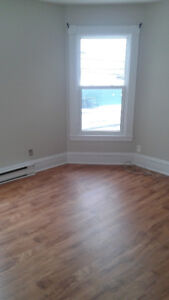 For Rent -1 bdrm, 23b College Rd,  next to DAL AC campus