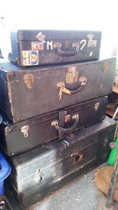 4 Vintage Luggage Pieces