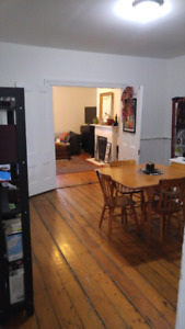 Beautiful one bedroom in north end - October 1