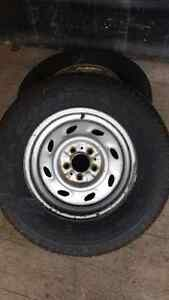 2 rims with really good tires Kitchener / Waterloo Kitchener Area image 2
