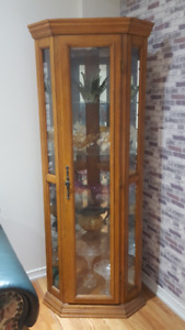 BEAUTIFUL LIGHTED WOOD  CURIO CABINETS (2 Sets), ONLY $400***