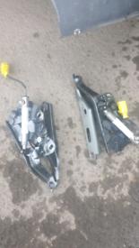 Audi a3 s3 bonnet hinges with acctuators