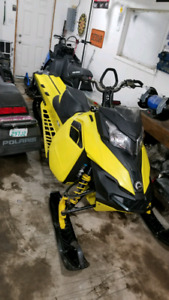 2015 skidoo summit t3 with ez ryde skid and raptor shocks