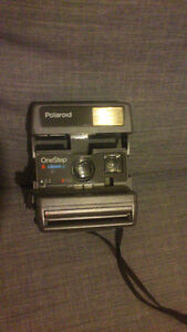 Retro Polaroid Camera Flash - One Step Close Up - PLATEAU