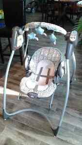 2-in-1 Swing & Bouncy chair
