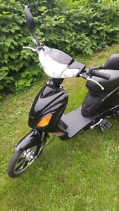 2015 Daymak toyko electric scooter