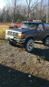 1989 lifted Bronco 2. TRADE FOR 4X4 TRUCK