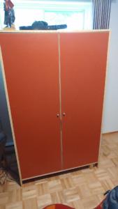 JOLIE PENDERIE/ (GARDE-ROBE) IKEA